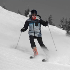cropped-me-skiing